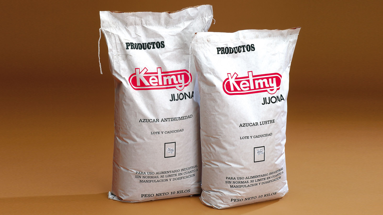 Finely ground sugar for use in confectionery